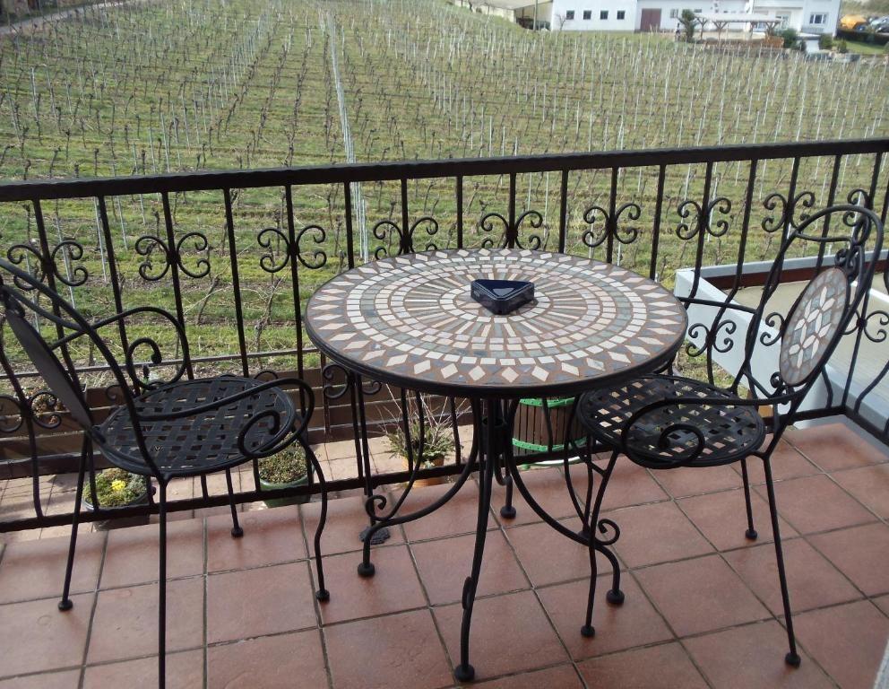 Weinhotel Kienle Balkon 01